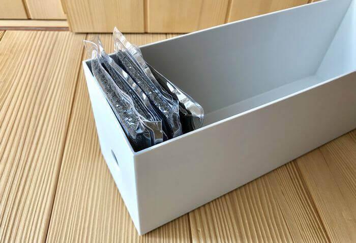 無印良品のファイルボックス1/2に収納したサンサンスポンジ