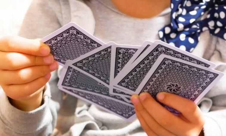 家族でカードゲーム